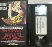 Farfalla con le ali insanguinate, Una (VHS – Mondadori)
